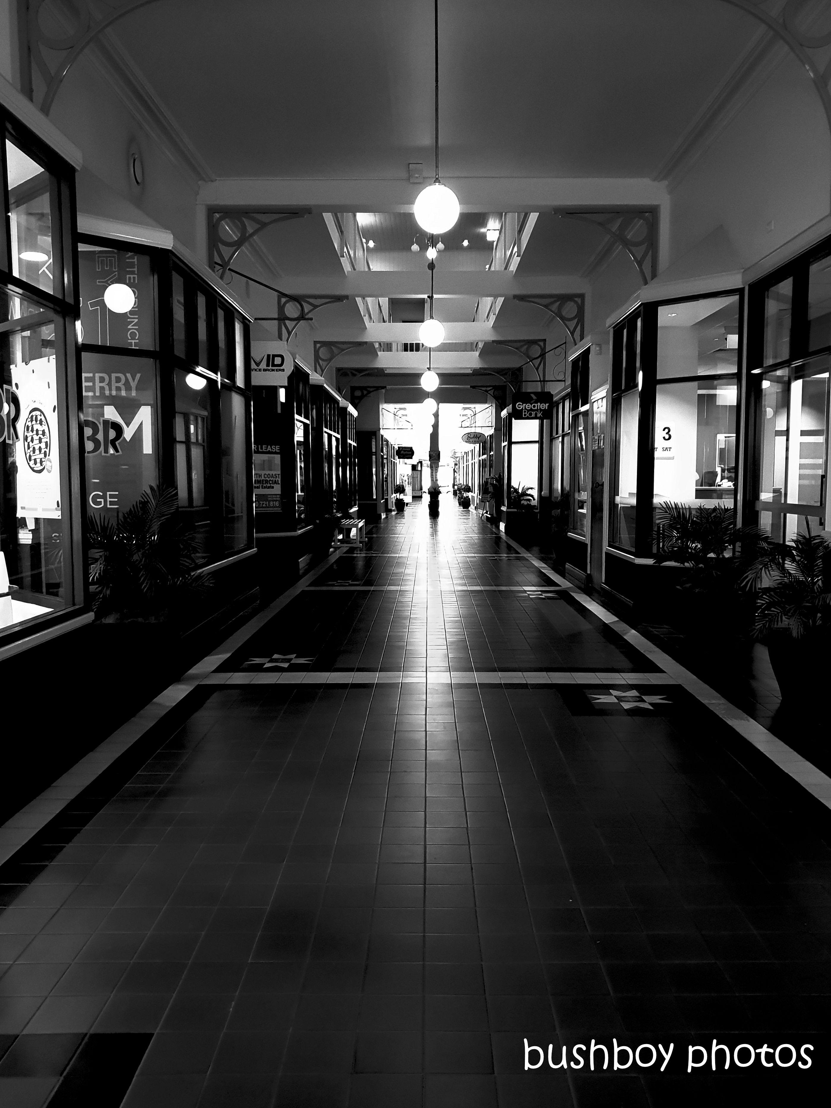 191018_blog_challenge_blackandwhite_hallway_arcade_lismore
