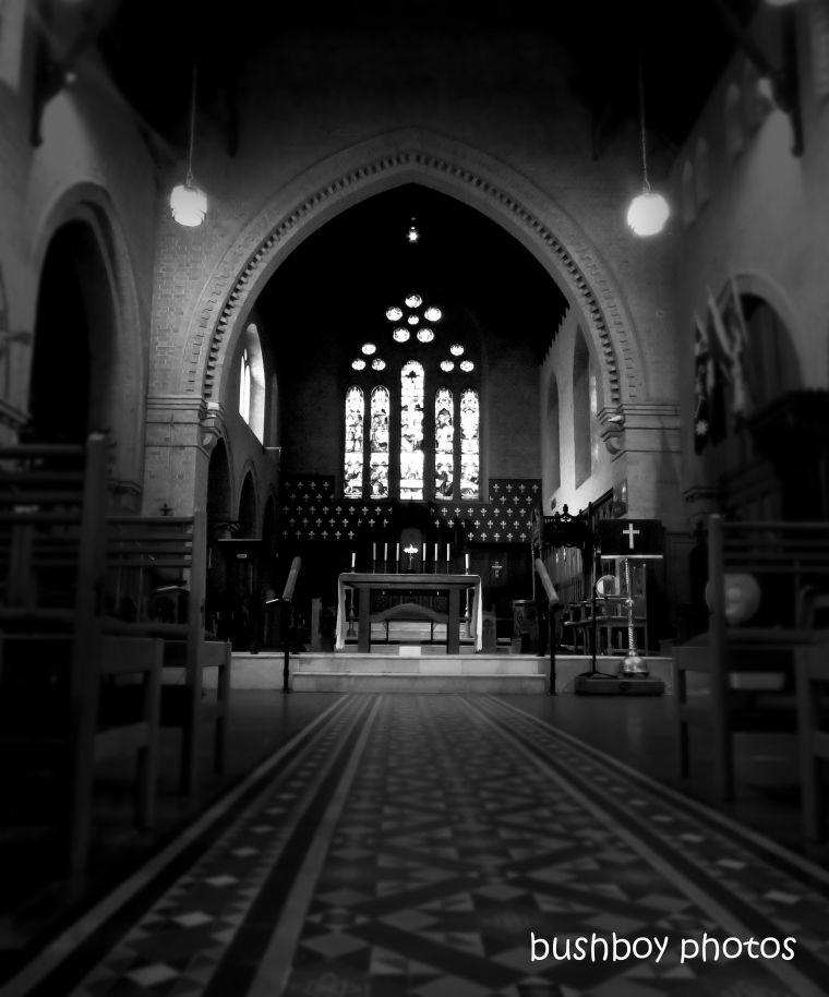 191018_blog_challenge_blackandwhite_hallway_church_grafton