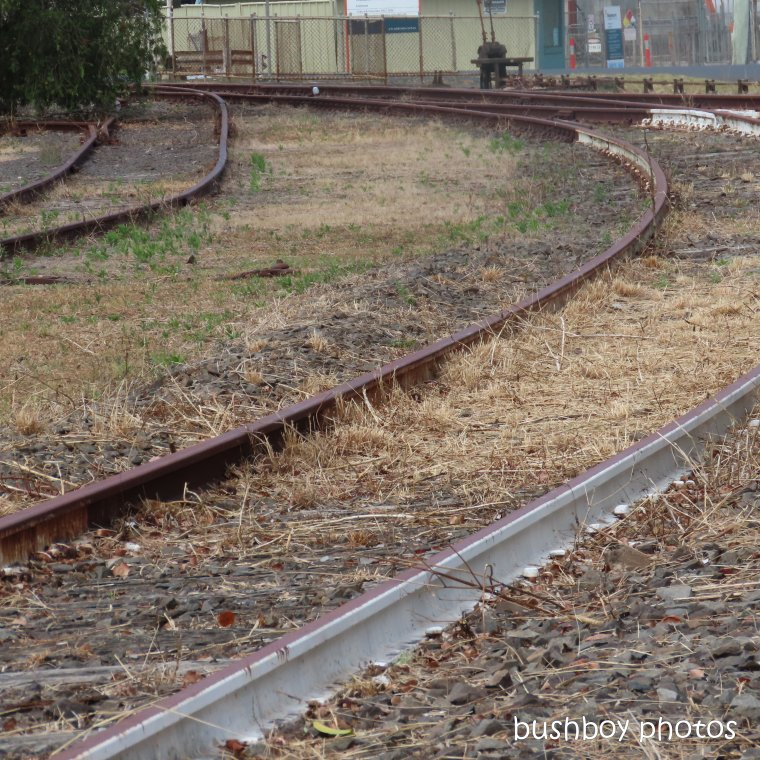 191024_blog_challenge_square_line_railway_tracks (2)