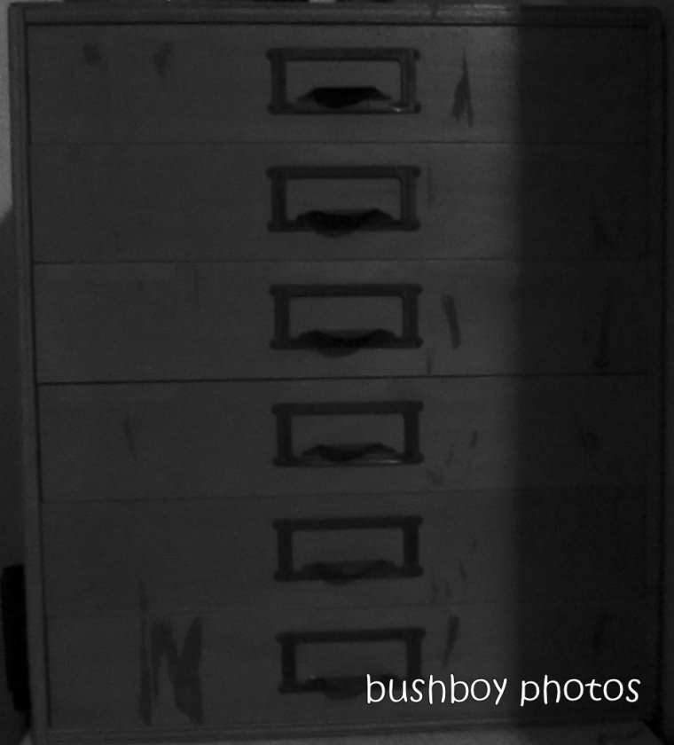 191129_blog_challenge_blackandwhite_drawers_durranbah_mine (2)