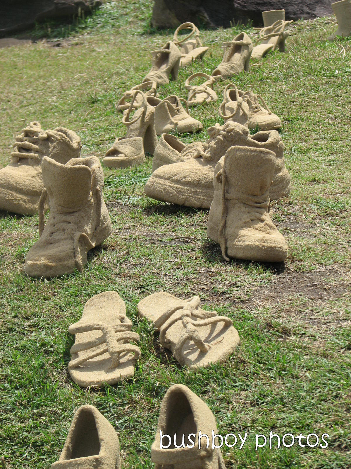 191229_blog_challenge_one_word_sumday_feey_sculpture_shoes_boots