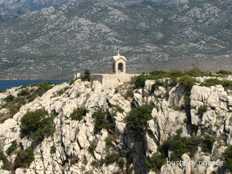 20200112_blog challenge_window_bus_croatia