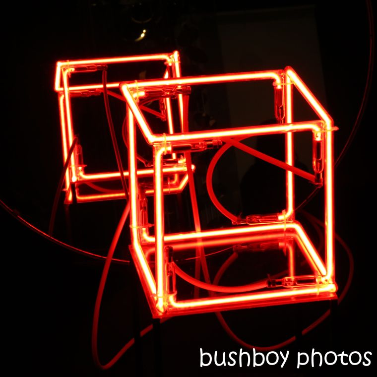 20200125_blog challenge_light_neon_square_art