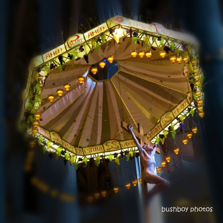 20200126_blog challenge_light_holy_sagrada_barcelona