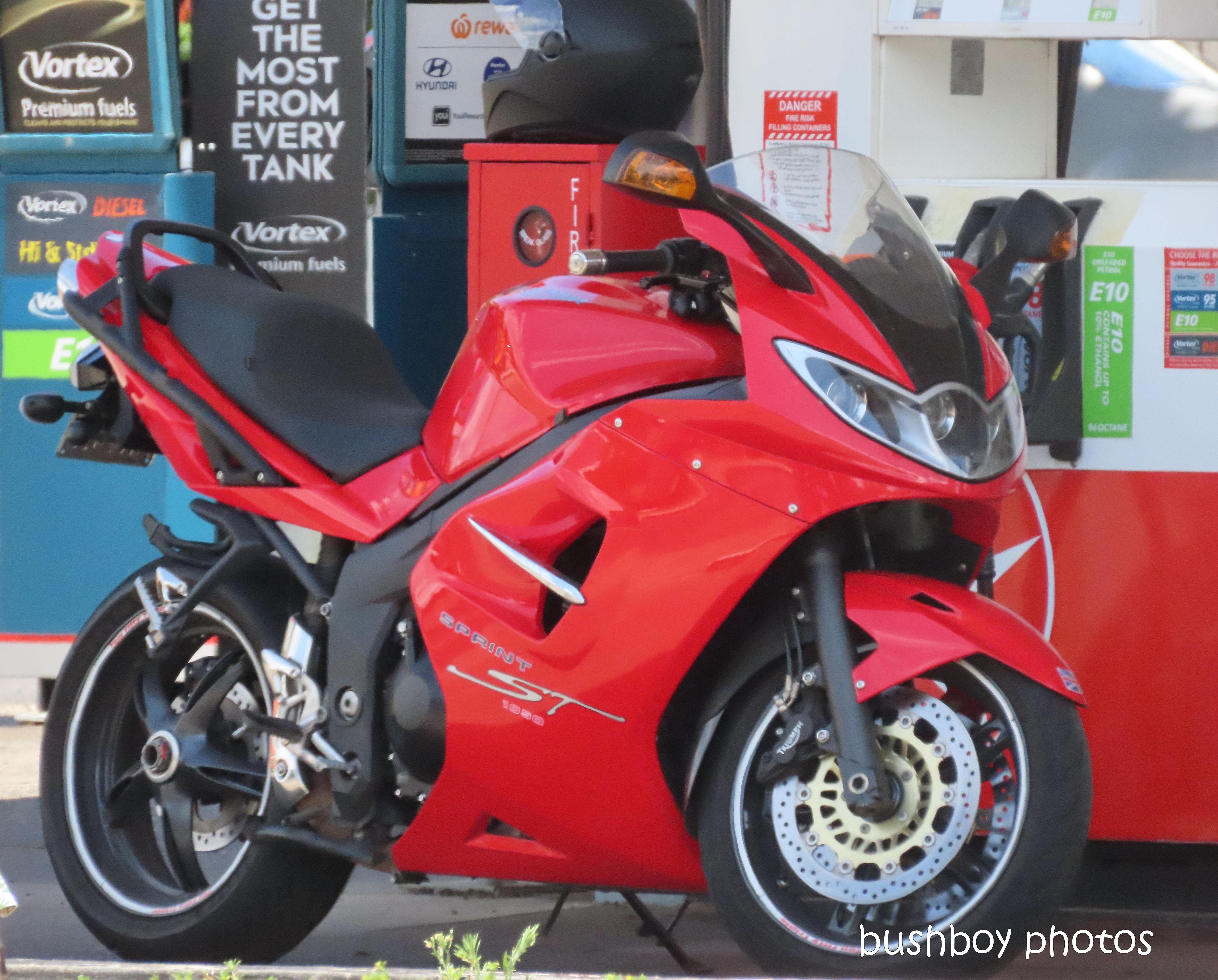 20200127_blog challenge_red_motorbike