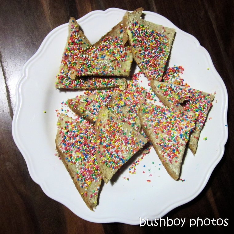 20200416_blog challenge_afternoon tea_fairy bread (1)